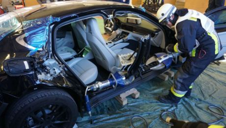 Splitting a Panamera to save lives