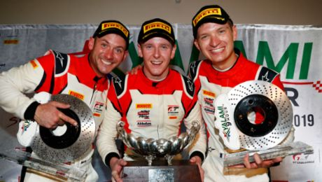 Porsche claims manufacturers' and drivers' titles with win in South Africa