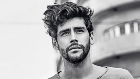 911 Love: the spanish pop singer Alvaro Soler