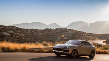 International press launch: The Cayenne on Crete