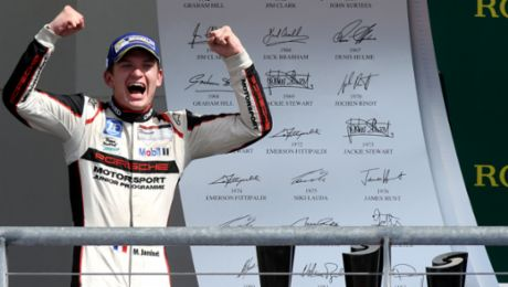 Jaminet wins the race, Müller nets the title