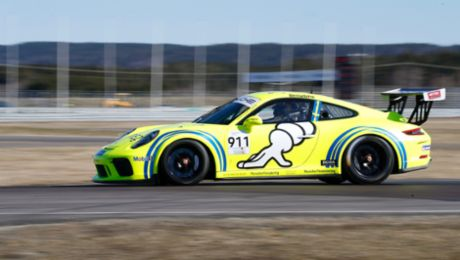 Jacques Villeneuve to race in Carrera Cup Scandinavia