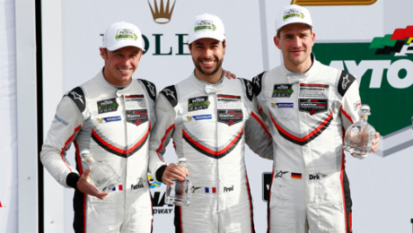 911 RSR takes second place