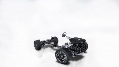 追随911脚步:配备后轮加宽轮胎的轻质底盘