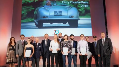 Porsche verleiht Ferry-Porsche-Preis an 221 Abiturienten