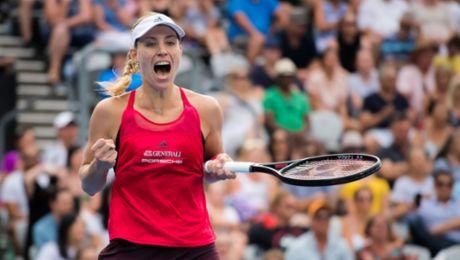 Angelique Kerber wins in Sydney