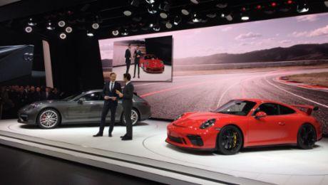 Porsche with world premieres in Geneva