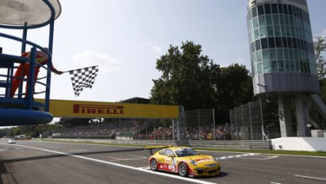 Maiden victory for Porsche junior Sven Müller