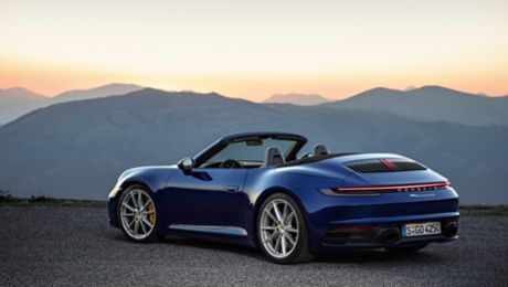All set for open-top season – the new 911 Cabriolet