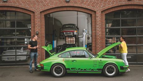 Two generations of Porsche enthusiasts: the Klein family