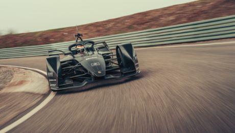 齐心共赢,保时捷 Formula E 的团队精神