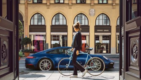 The new Porsche 911 – Eye contact with a kick