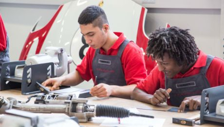 Porsche: Integration year for refugees a success