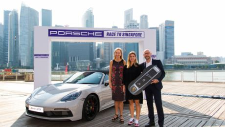 "Simona Halep wins the ""Porsche Race to Singapore"""