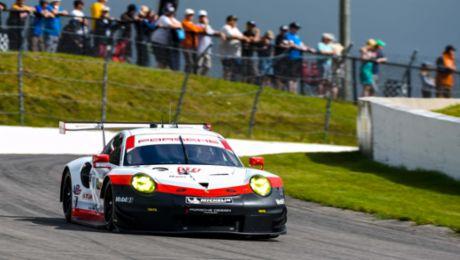 Erste Pole-Position für neuen 911 RSR