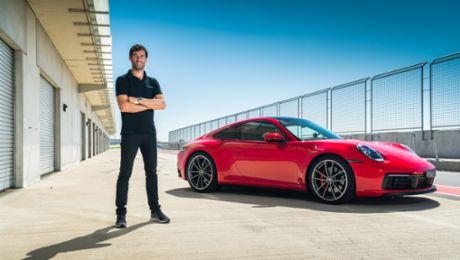 Mark Weber prueba el 911 Carrera S