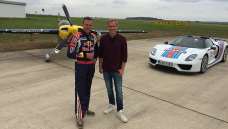 918 Spyder vs. racing aircraft