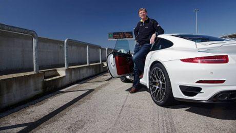 The 911 Turbo S in Nardo