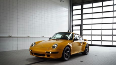 "Porsche Classic's ""Project Gold"" heads to new home"