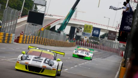 Macau: Best Porsche 911 GT3 R on the first grid row