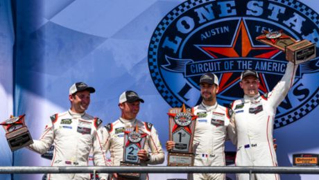 Double victory for the 911 RSR