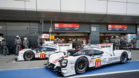 Porsche arrives as the championship leader