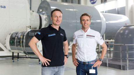 Racing driver meets astronaut: A pit stop in space