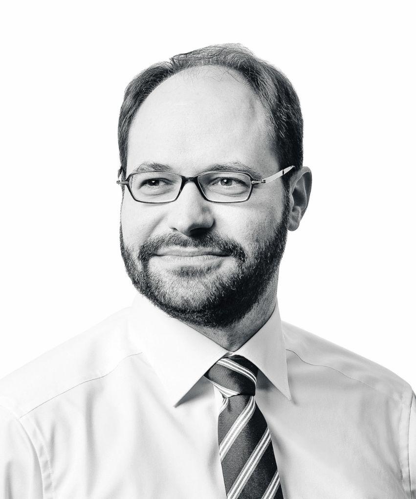 约瑟夫·阿尔维克博士 (Dr. Josef Arweck)