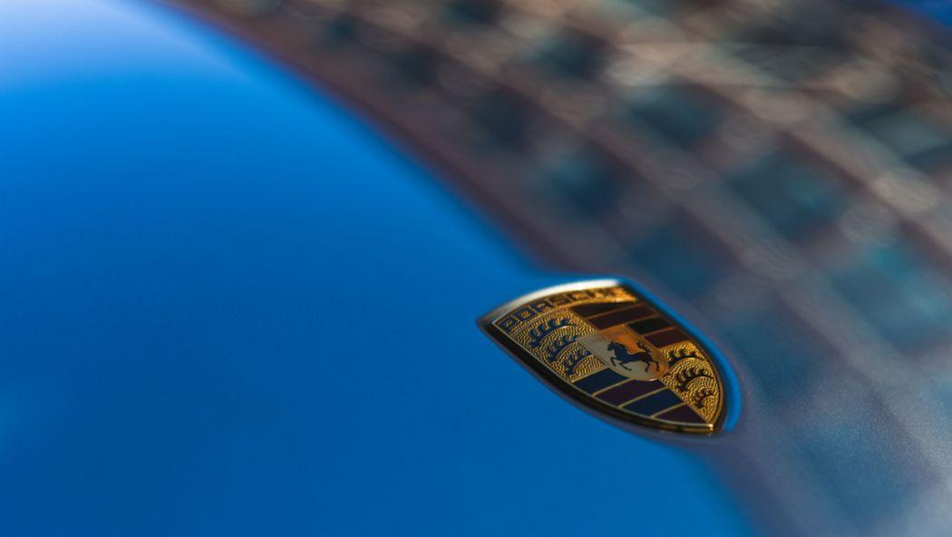 2017, Porsche AG