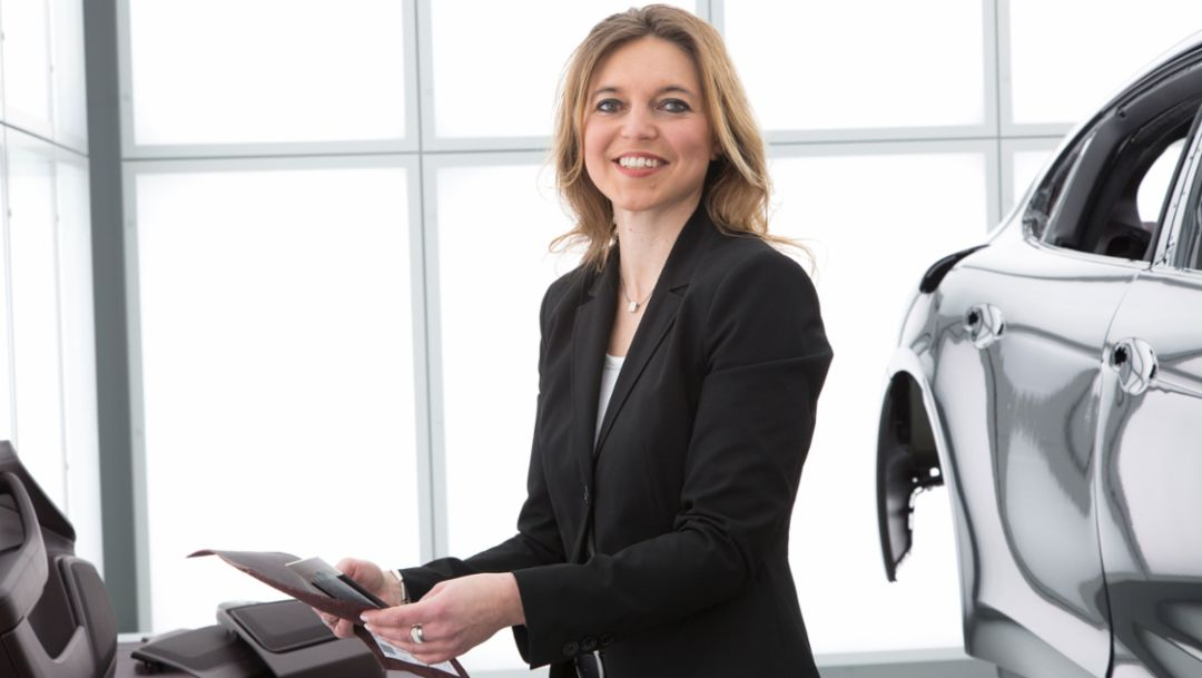 Simone Fett, Head of Colourmatching Interior, 2017, Porsche AG