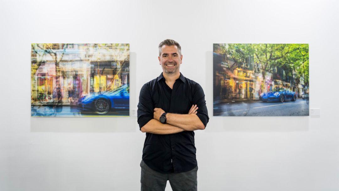 国际著名摄影艺术家 Florian W. Mueller 先生到场展示作品