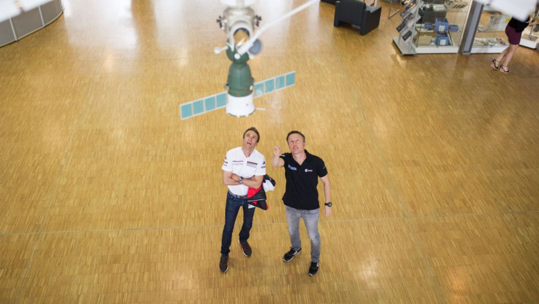 Timo Bernhard, racing driver, Matthias Maurer, astronaut, l-r, European Astronaut Centre, Cologne, 2018, Porsche AG