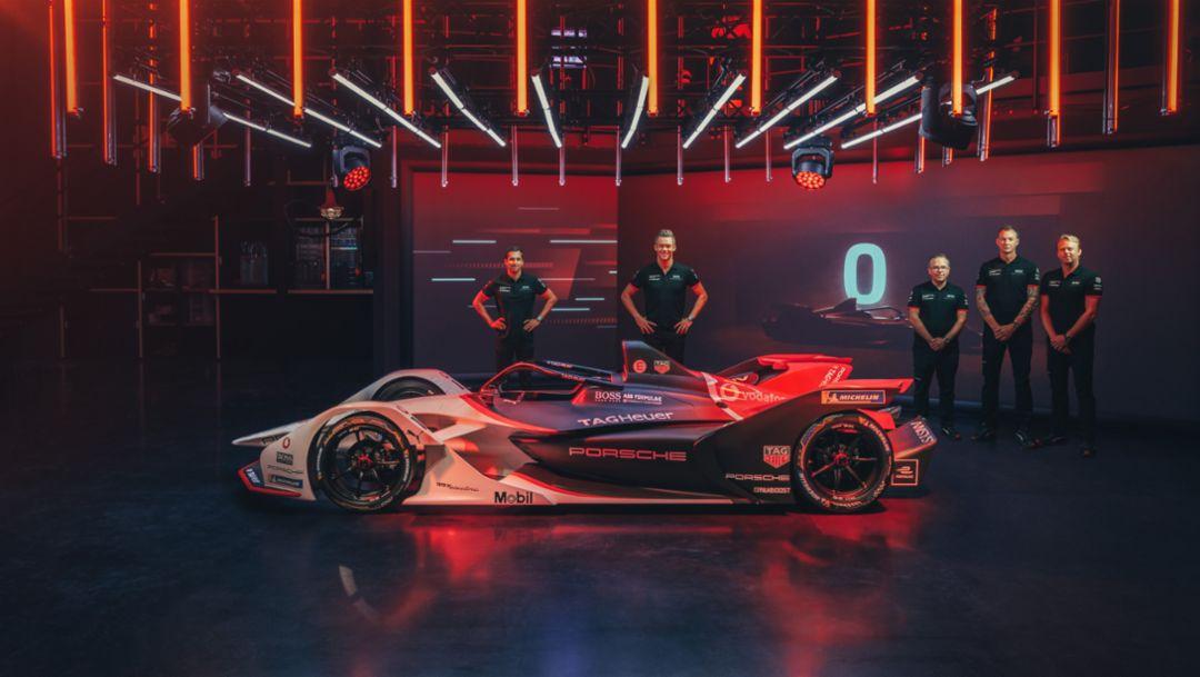 Дебют Porsche 99X Electric с почти миллионом зрителей на Twitch