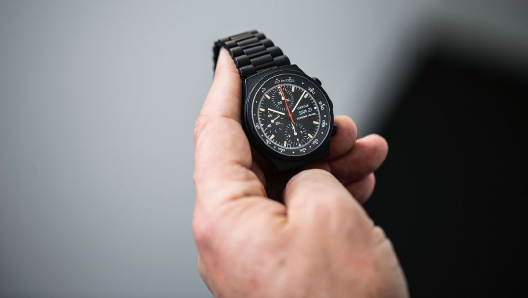 Porsche Design watch, 2017 Porsche AG