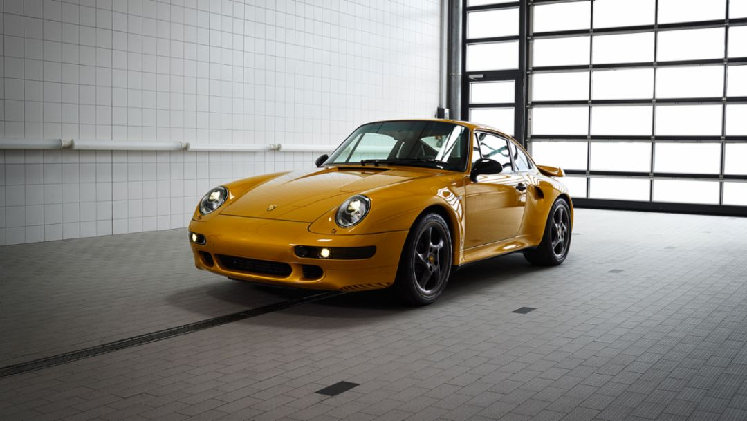 993 Turbo, the reveal, Classic Project Gold, 2018, Porsche AG