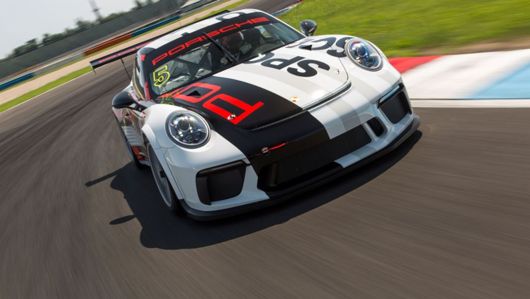 Porsche motorsport track test at the Lausitzring