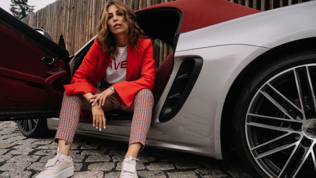 Masha Sedgwick, fashion blogger, 718 Boxster, 2018, Porsche AG