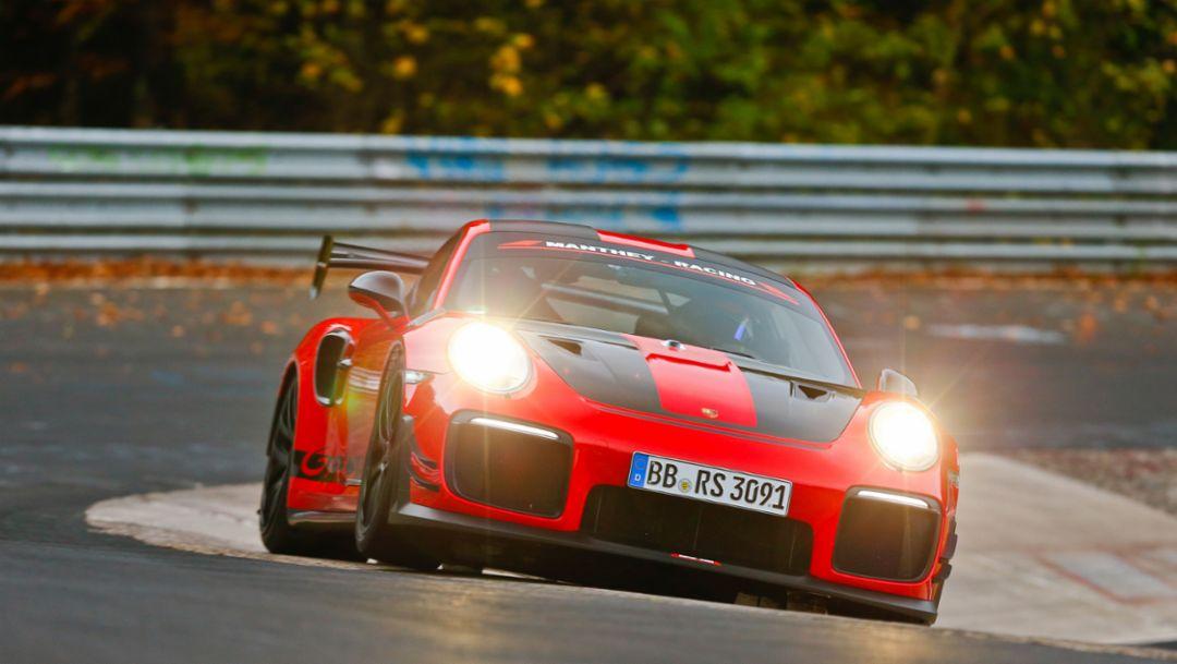 911 GT2 RS MR ist schnellster straßenzugelassener Sportwagen am Ring