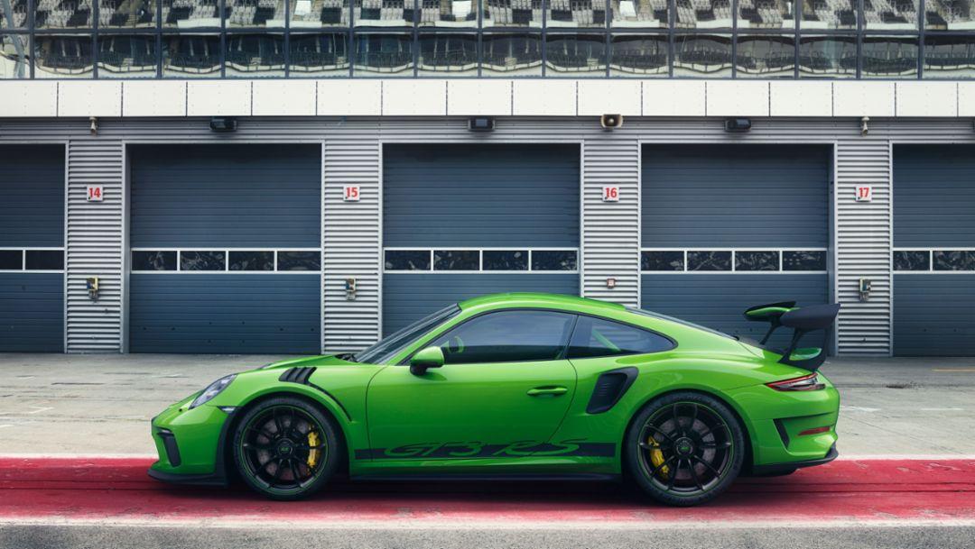 В самом центре автоспорта: новый Porsche 911 GT3 RS