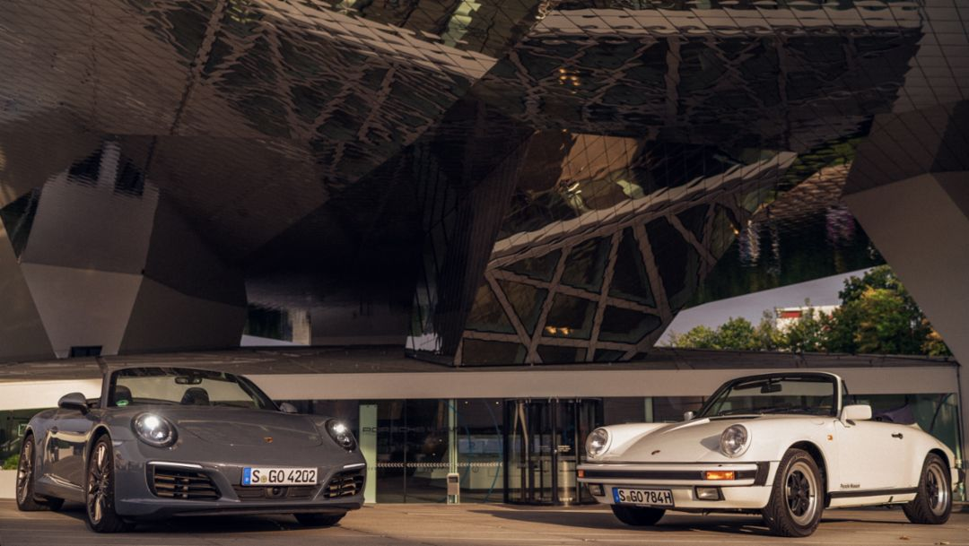 911 Carrera S Cabriolet (2018), 911 Carrera 3.2 Cabriolet (1984), l-r, Porsche Museum, Stuttgart, 2018, Porsche AG