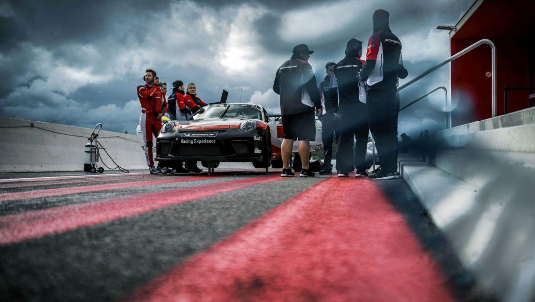 Nur Mut: die Porsche Racing Experience in Südfrankreich