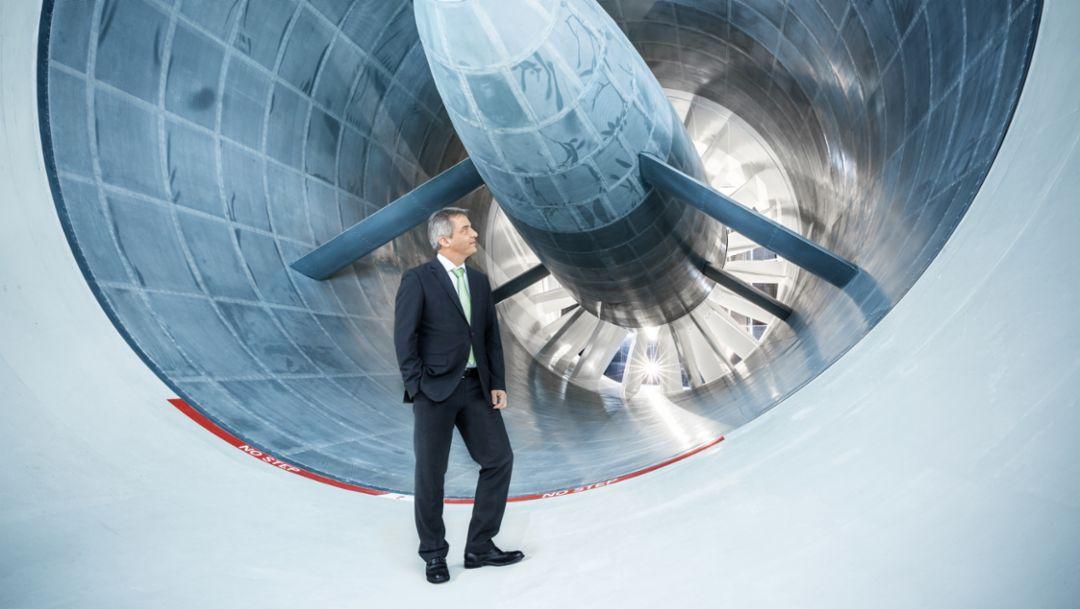 Michael Pfadenhauer, Director aerodynamics & thermal-management, wind tunnel, Weissach, 2014, Porsche AG