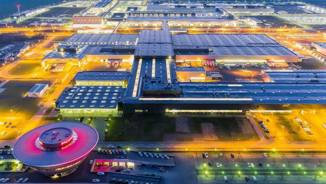 """保时捷莱比锡工厂第五次扩建:""""力挺""""新款 Macan"""