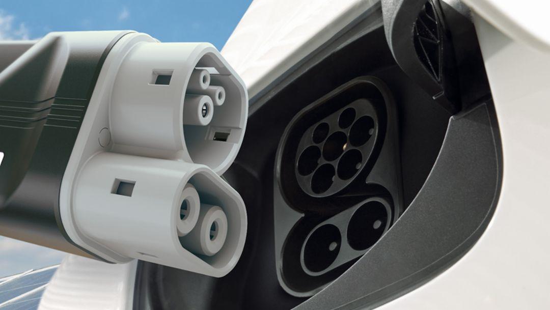 CCS plug, 2016, Porsche AG