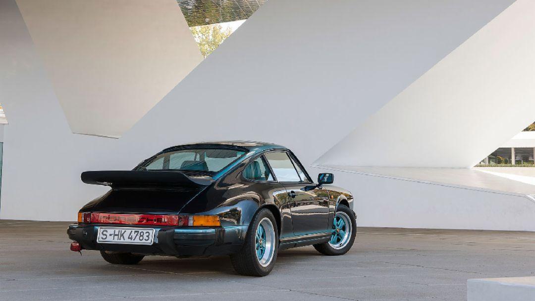 Porsche 911 Carrera 3.2, 2018, Porsche AG