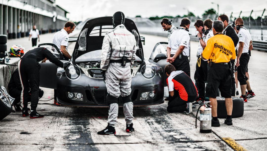 911 GT3 R, 30-Stunden-Absicherungs-Dauerlauf , Sebring, Nordamerika, 2015, Porsche AG