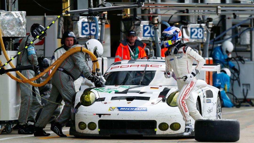 Porsche 911 RSR (92), Porsche Team Manthey, Silverstone 2015, Porsche AG