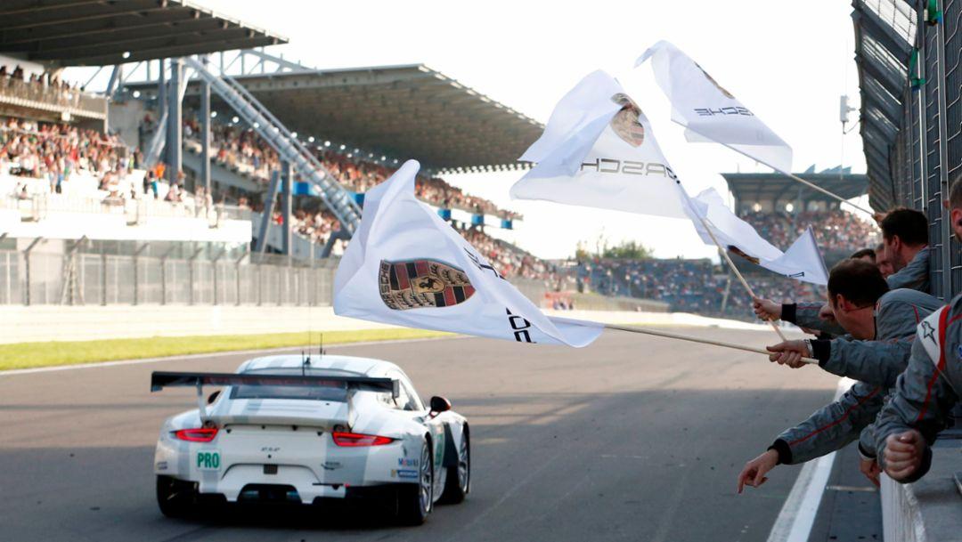 Porsche 911 RSR, Porsche Team Manthey: Richard Lietz, Michael Christensen, WEC Nürburgring 2015, Porsche AG