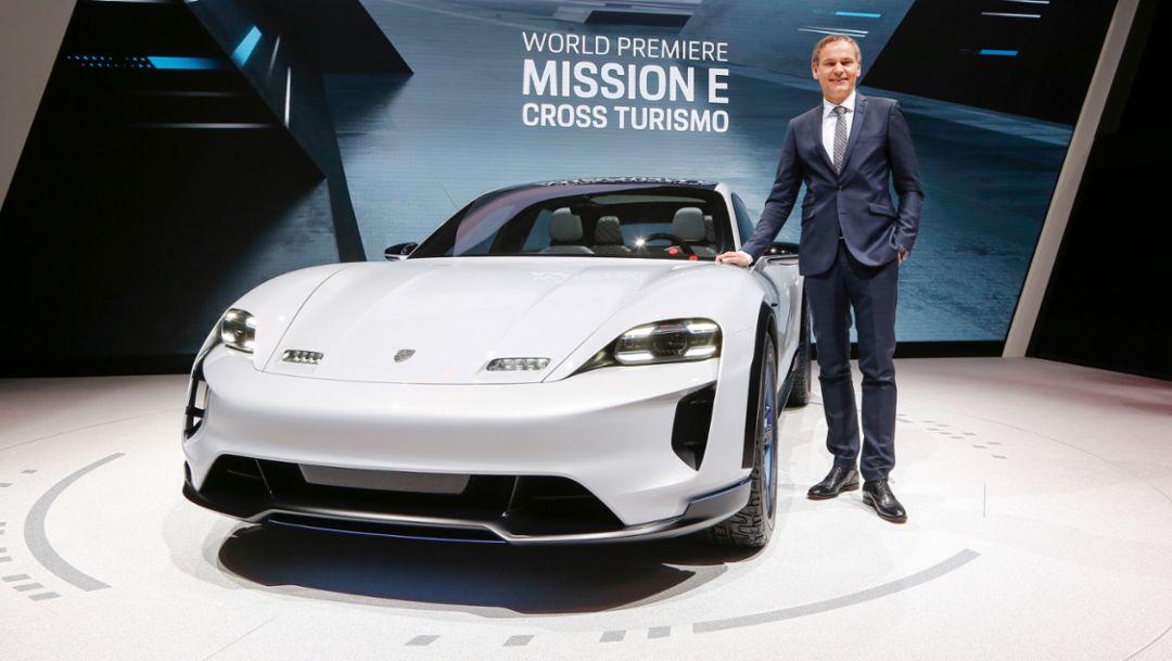 Oliver Blume, CEO at Porsche AG, Mission E Cross Turismo, Geneva Motor Show, 2018, Porsche AG