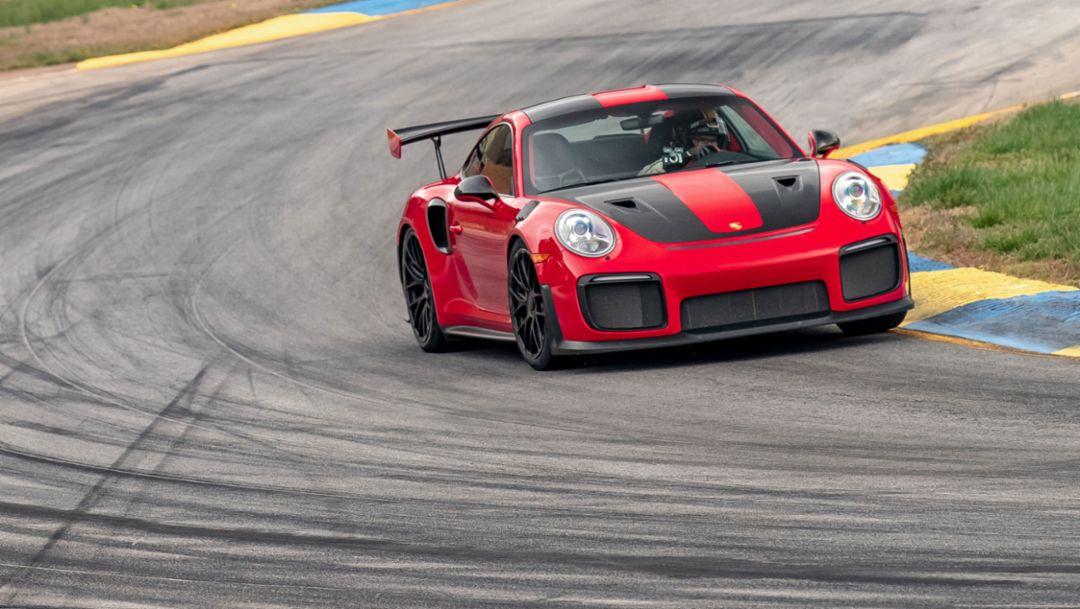 911 GT2 RS sets production car lap record at Road Atlanta